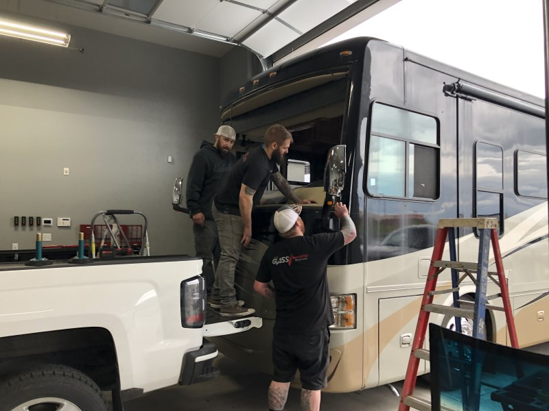 RV Motorhome Windshield Replacement - Glass Specialists of